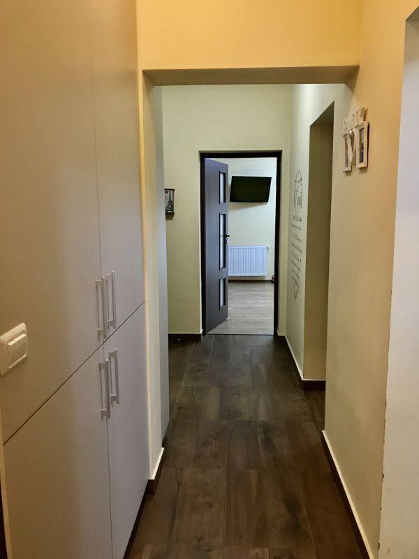 Apartament cu 2 camere, decomandat, de vanzare (gradina), zona Dumbravita 8