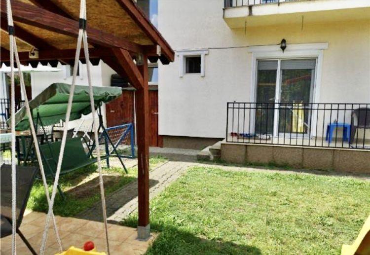 Apartament cu 2 camere, decomandat, de vanzare (gradina), zona Dumbravita 13
