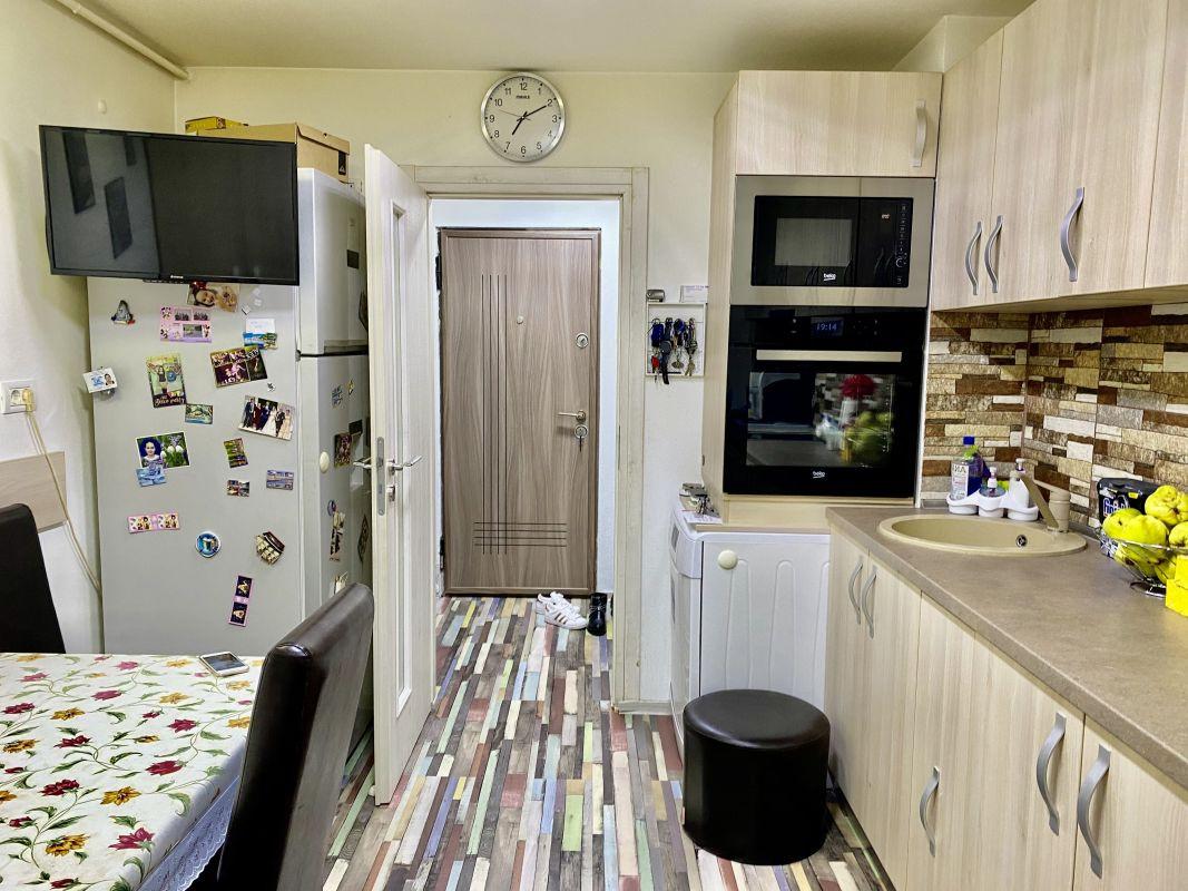 Apartament cu 2 camere, decomandat, de vanzare, zona Lipovei  12