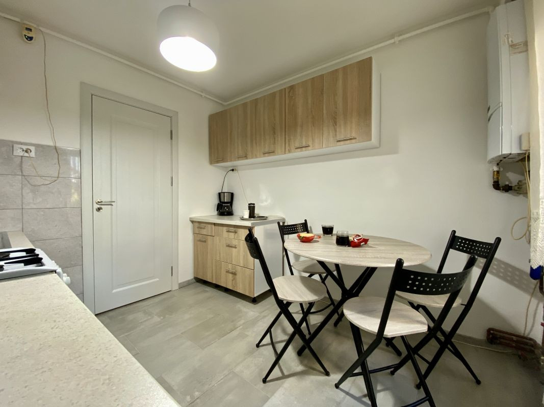 Apartament foarte spatios in Bucovina - ID V111 1
