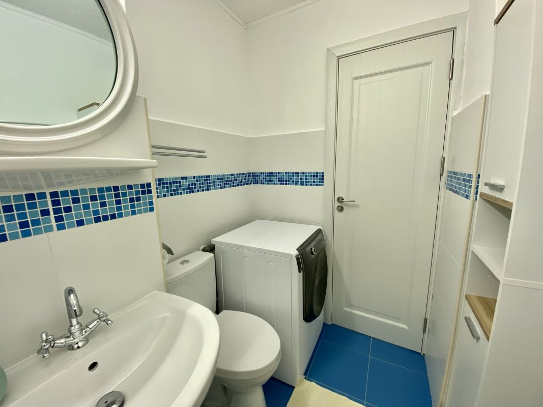 Apartament foarte spatios in Bucovina - ID V111 8