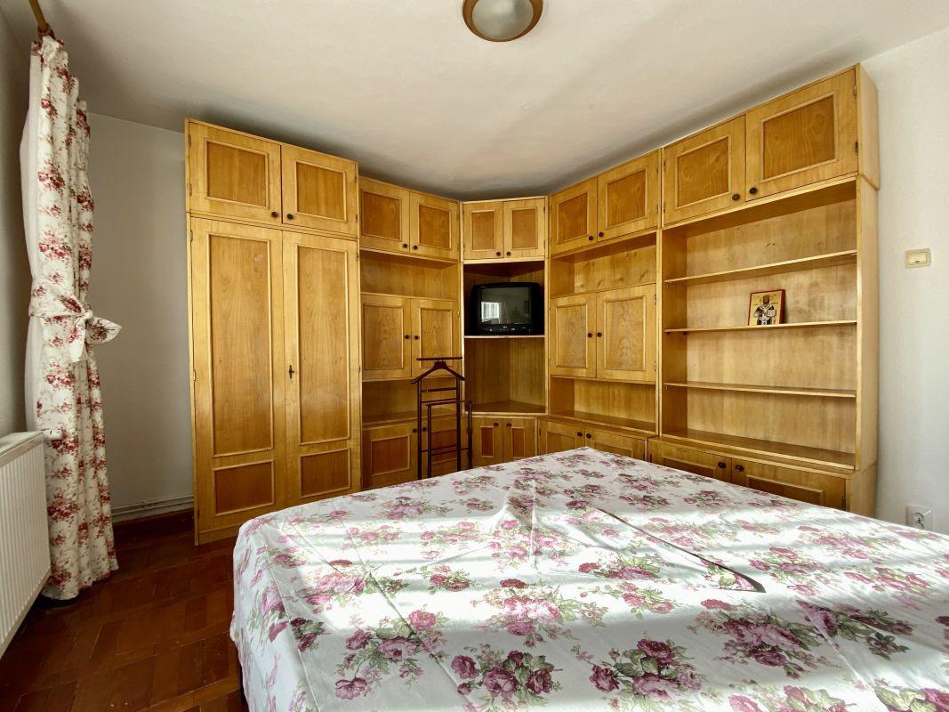 Apartament foarte spatios in Bucovina - ID V111 12