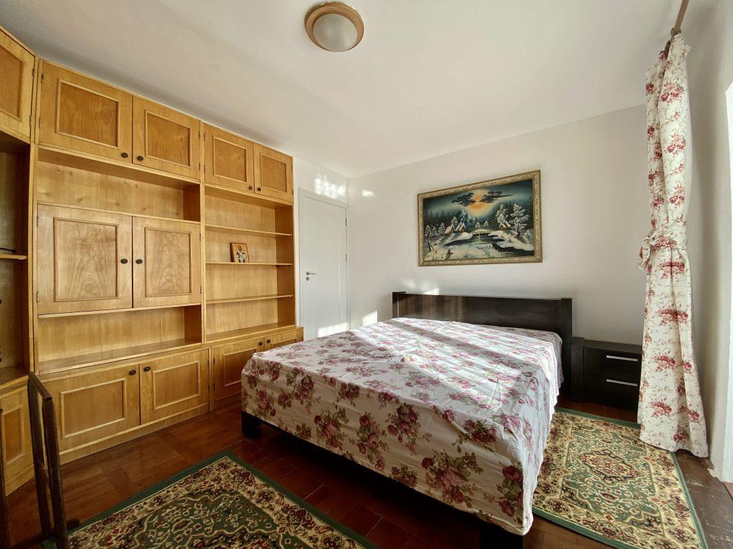 Apartament foarte spatios in Bucovina - ID V111 13