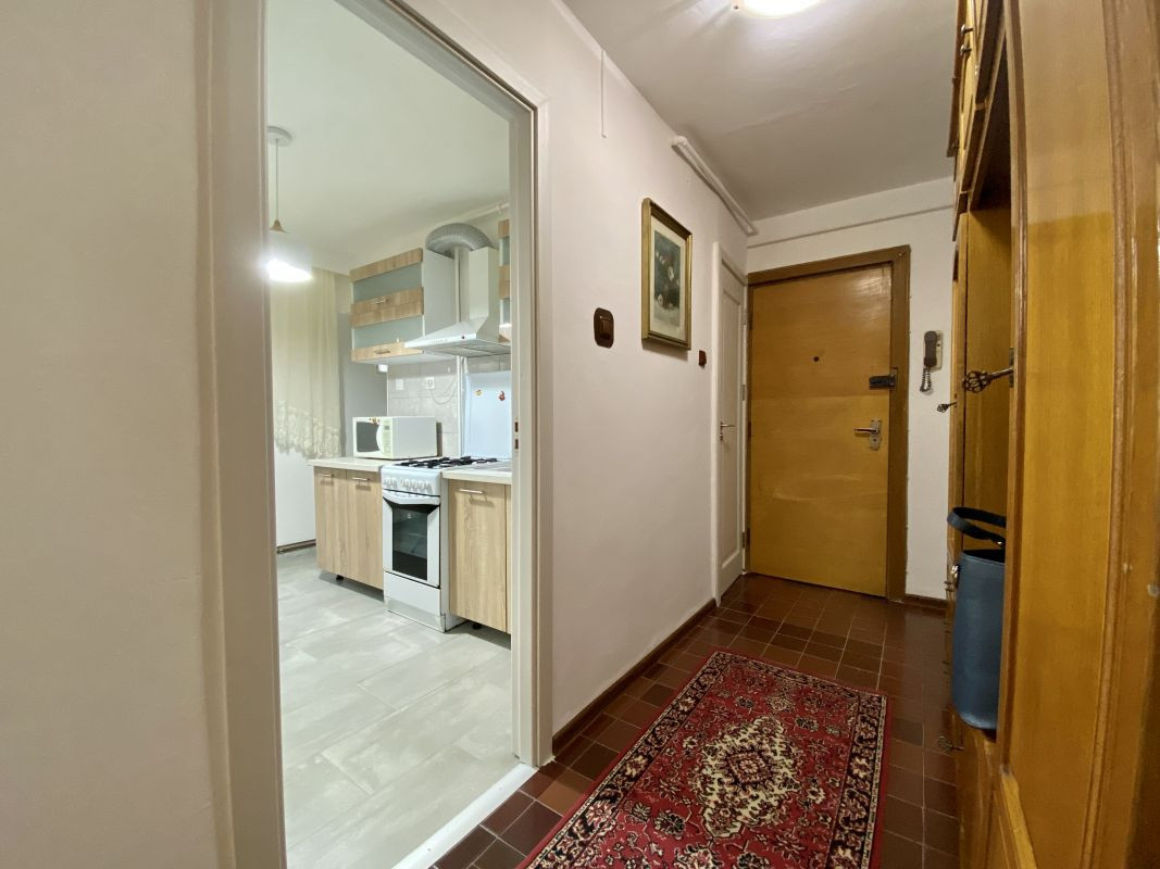 Apartament foarte spatios in Bucovina - ID V111 18
