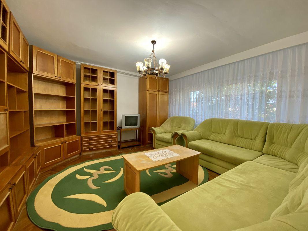 Apartament foarte spatios in Bucovina - ID V111 21