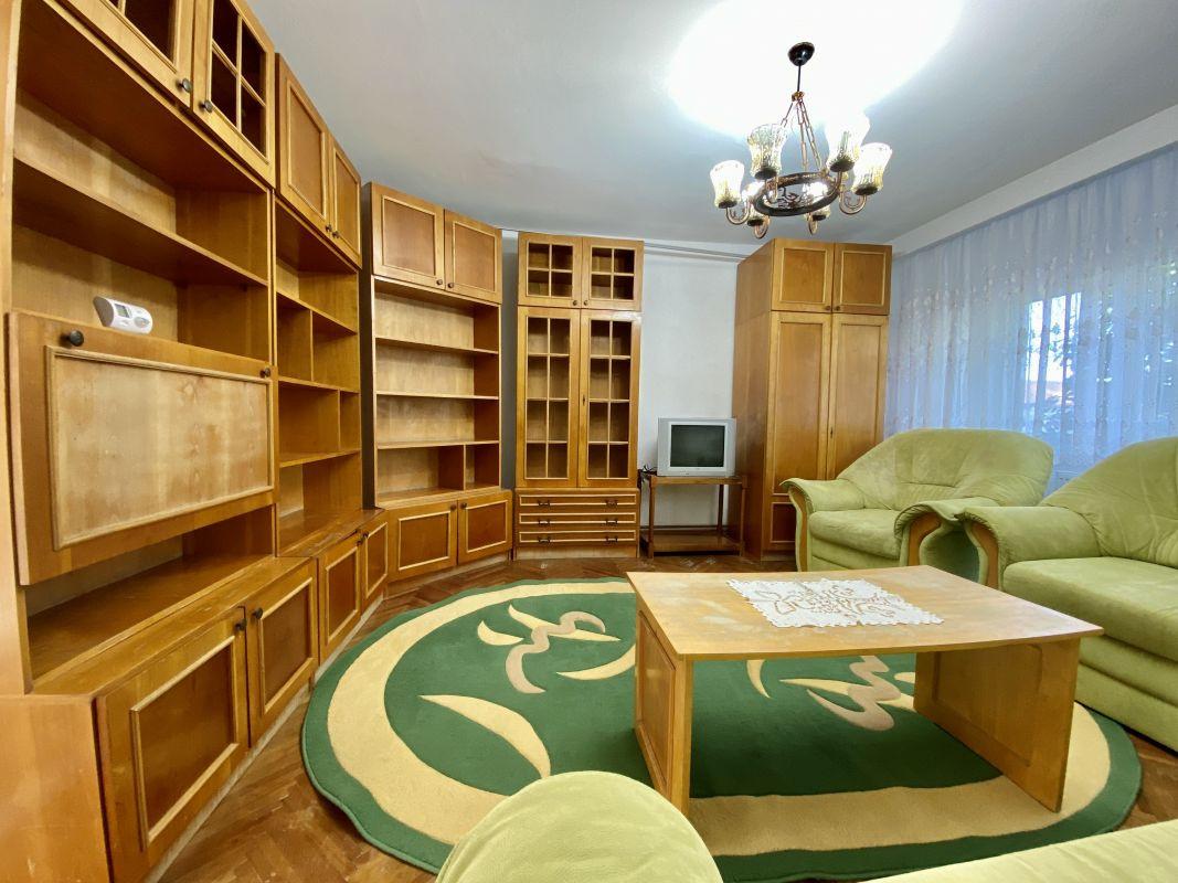 Apartament foarte spatios in Bucovina - ID V111 22