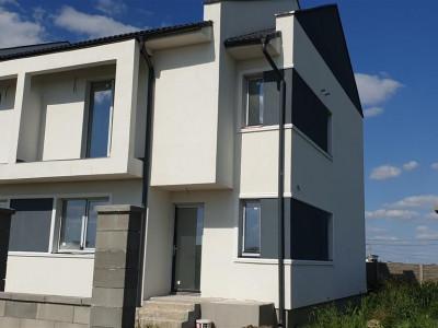 Casa tip duplex de vanzare Mosnita Veche - ID V314