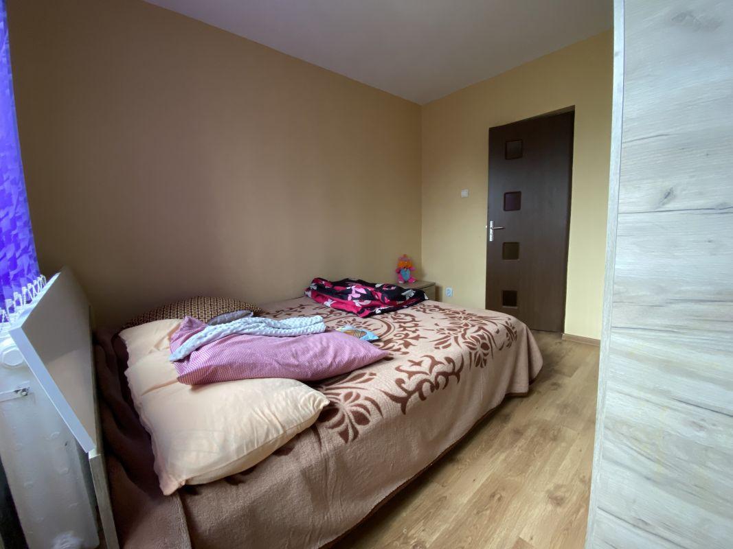Apartament cu 3 camere, de vanzare, zona Piata Doina 6