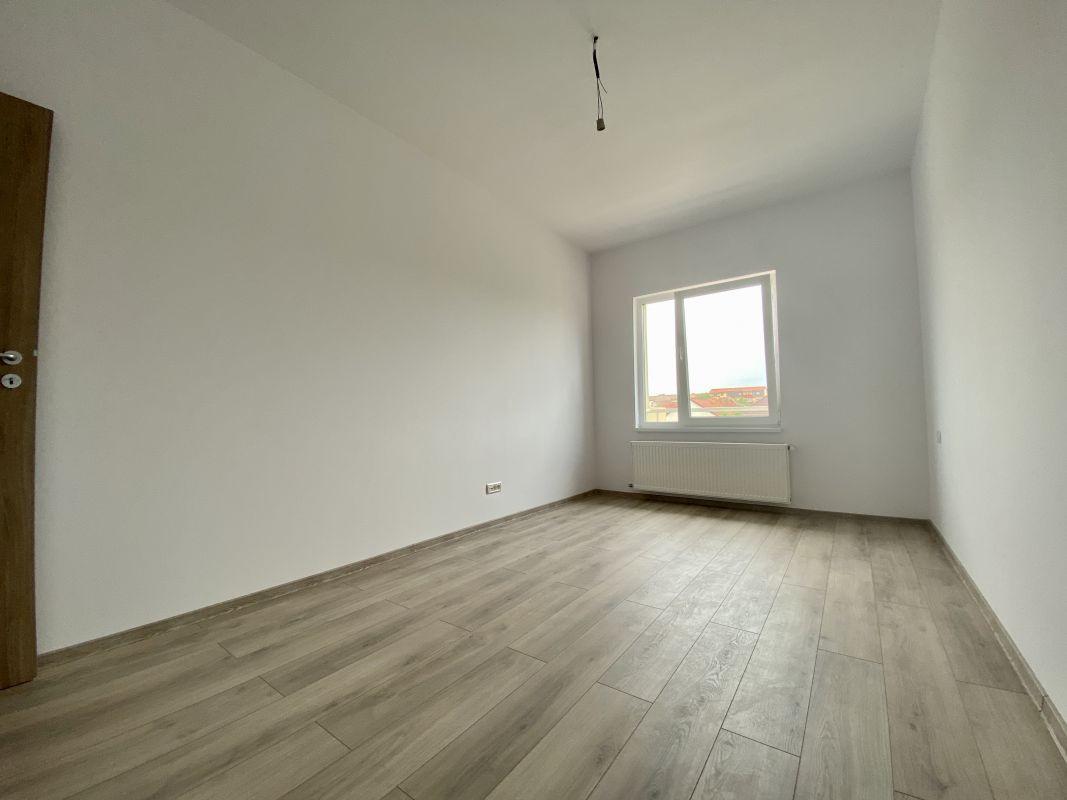 Apartament nou in zona Aradului - V711 13