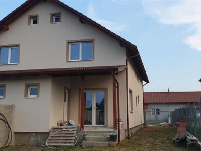 Casa 3 camere de vanzare Mosnita Veche - ID V295