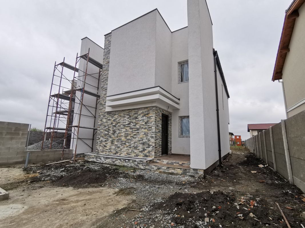 Duplex de vanzare in Mosnita Noua. 1