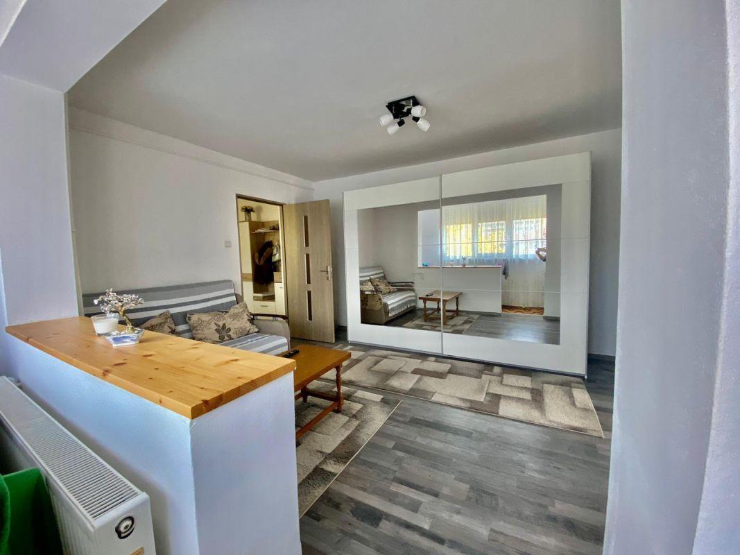 Apartament 2 camere   De vanzare   Semidecomandat   Zona Dacia   1