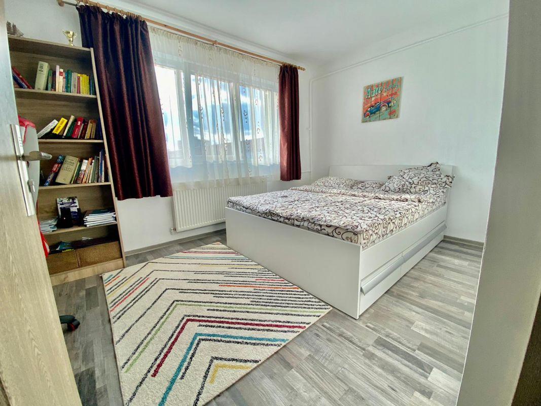 Apartament 2 camere   De vanzare   Semidecomandat   Zona Dacia   4
