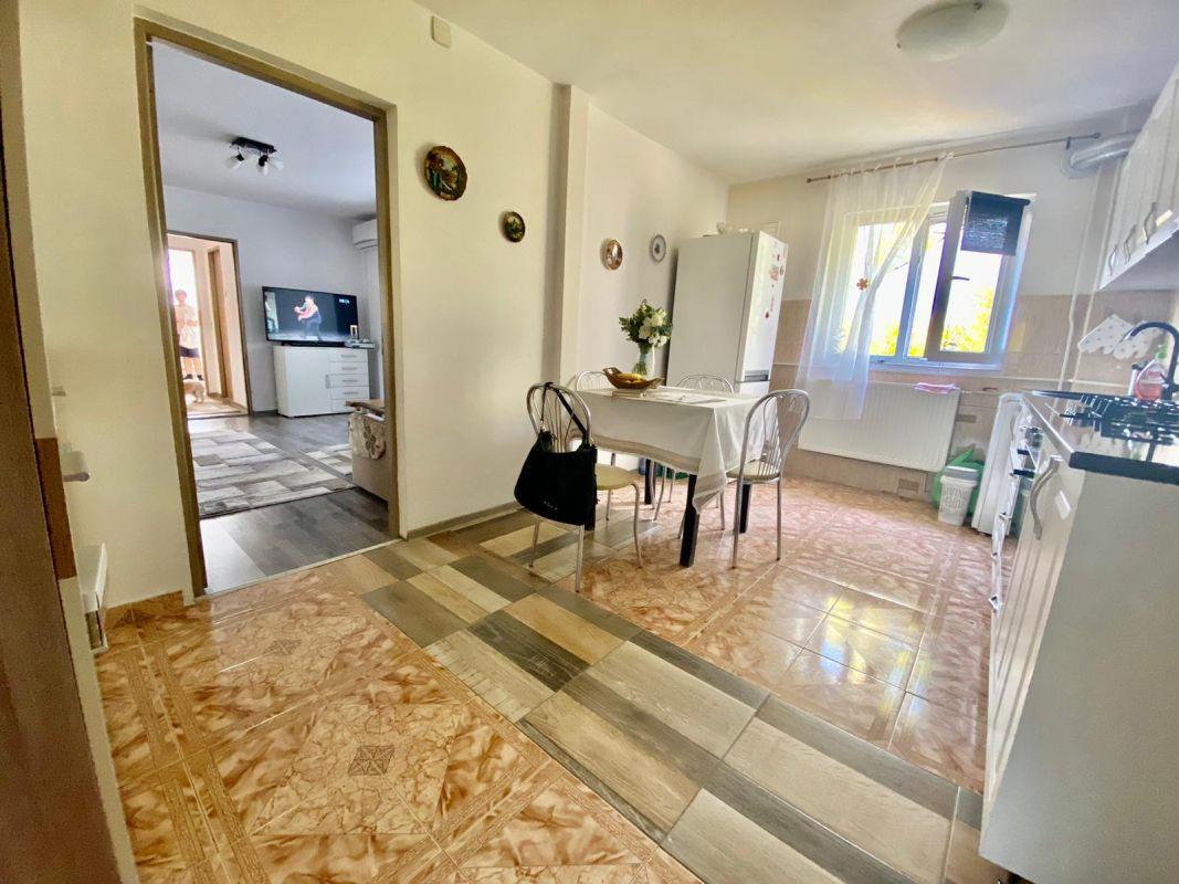 Apartament 2 camere   De vanzare   Semidecomandat   Zona Dacia   11