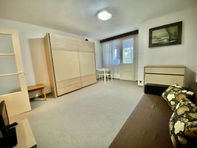 Apartament cu 1 camera| zona Circumvalatiunii| partial mobilat