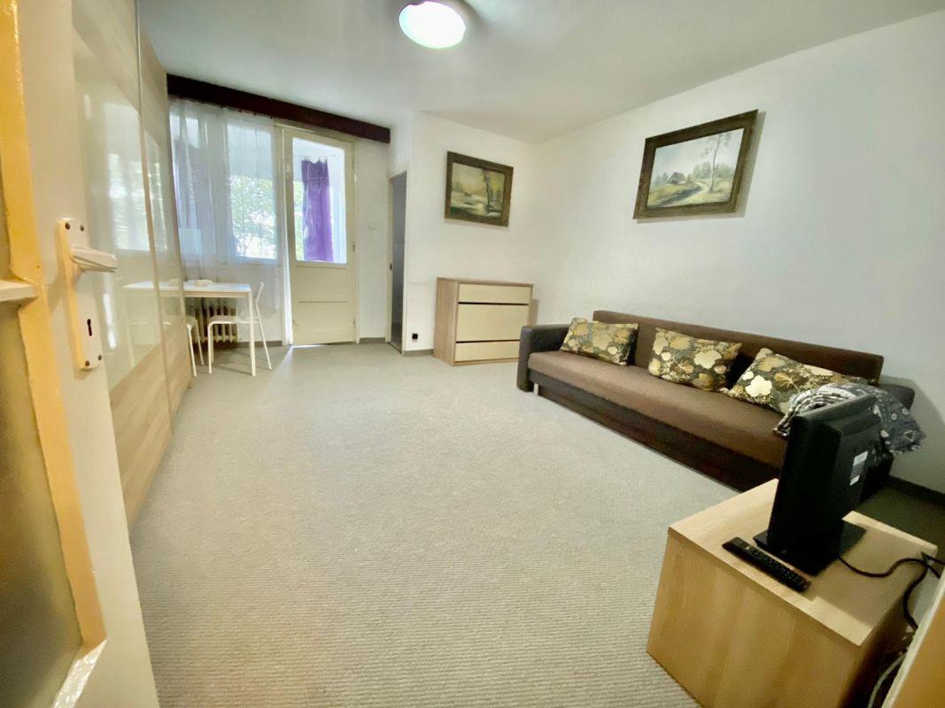 Apartament cu 1 camera | Zona Circumvalatiunii | Partial mobilat | 2