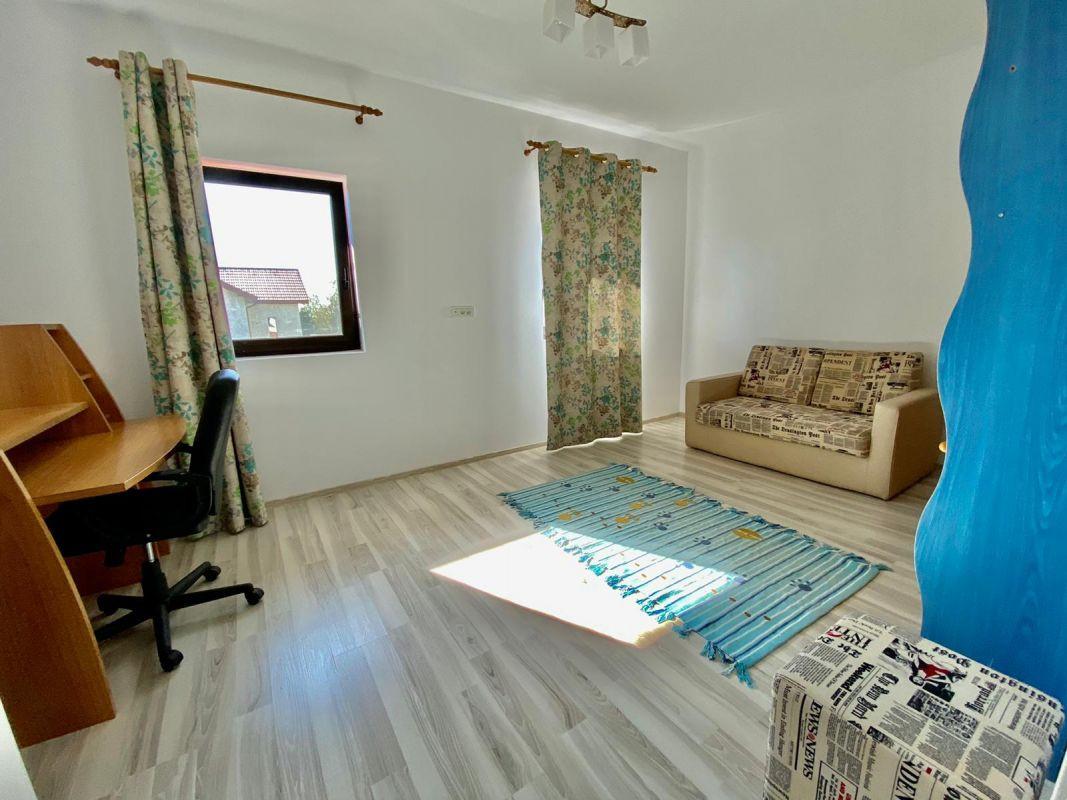 Casa de inchiriat, complet mobilata si utilata, Dumbravita, zona de padure 8