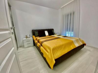 Apartament 2 camere| decomandat| de inchiriat| Dumbravita| pret negociabil