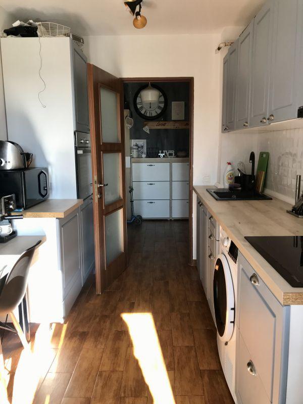 Apartament cu 3 camere, decomandat, de vanzare, zona Aradului 11