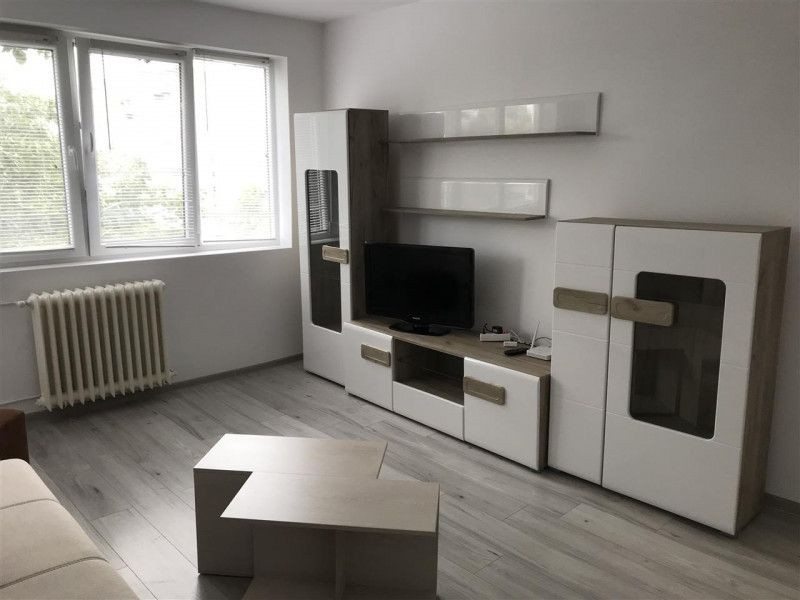 Apartament cu 2 camere, decomandat, de vanzare , zona Gheorghe Lazar 3