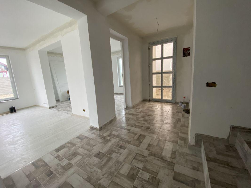 Casa tip duplex cu 5 camere, de vanzare, zona Dumbravita  5