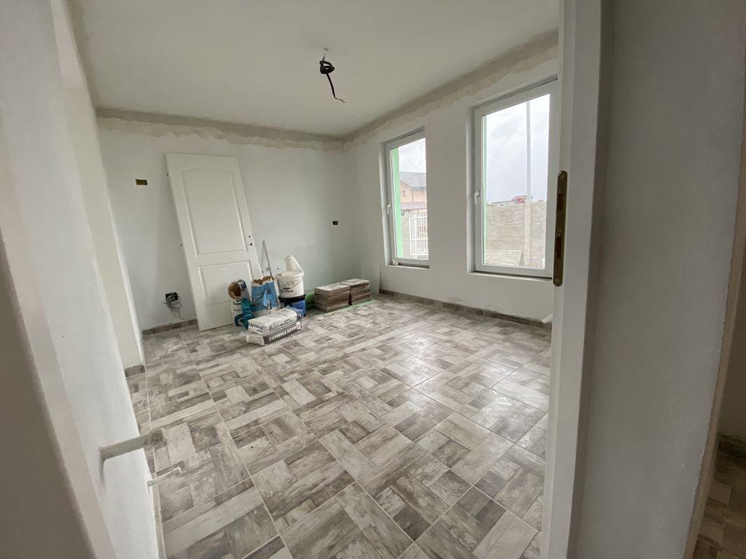 Casa tip duplex cu 5 camere, de vanzare, zona Dumbravita  6
