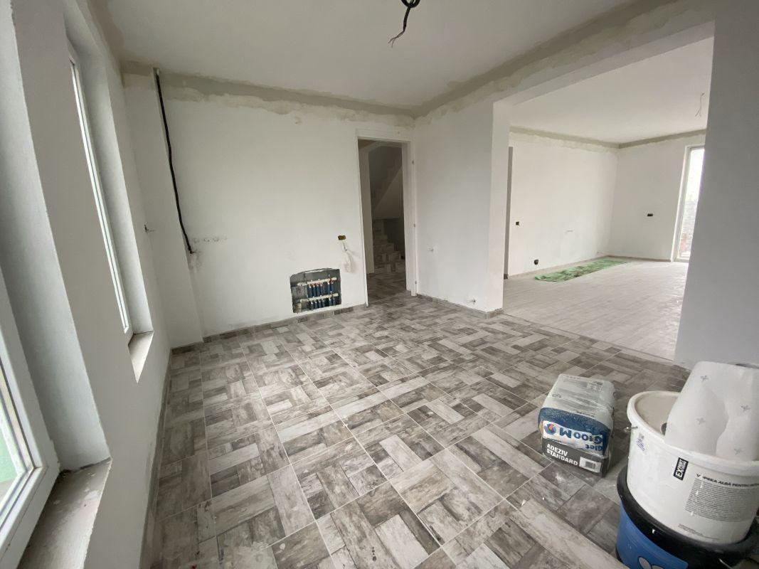 Casa tip duplex cu 5 camere, de vanzare, zona Dumbravita  8