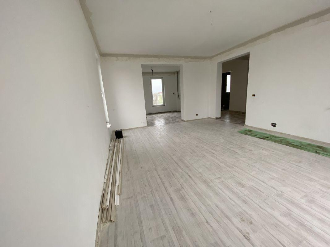 Casa tip duplex cu 5 camere, de vanzare, zona Dumbravita  11