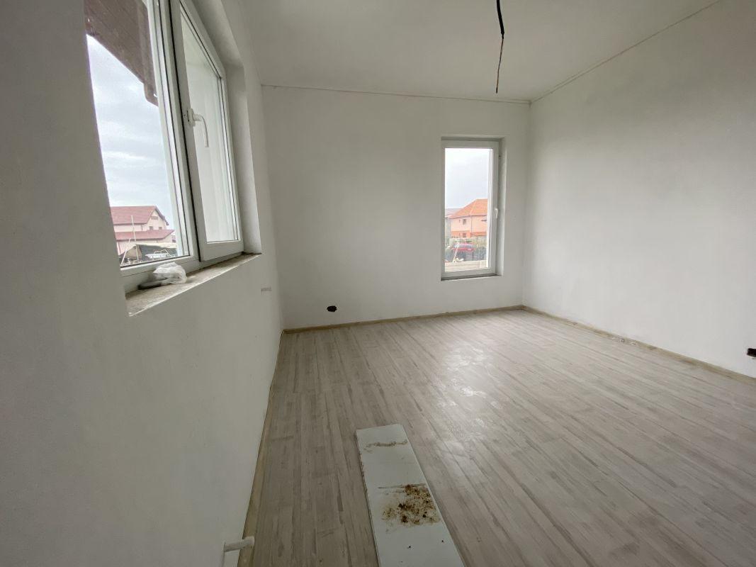 Casa tip duplex cu 5 camere, de vanzare, zona Dumbravita  23