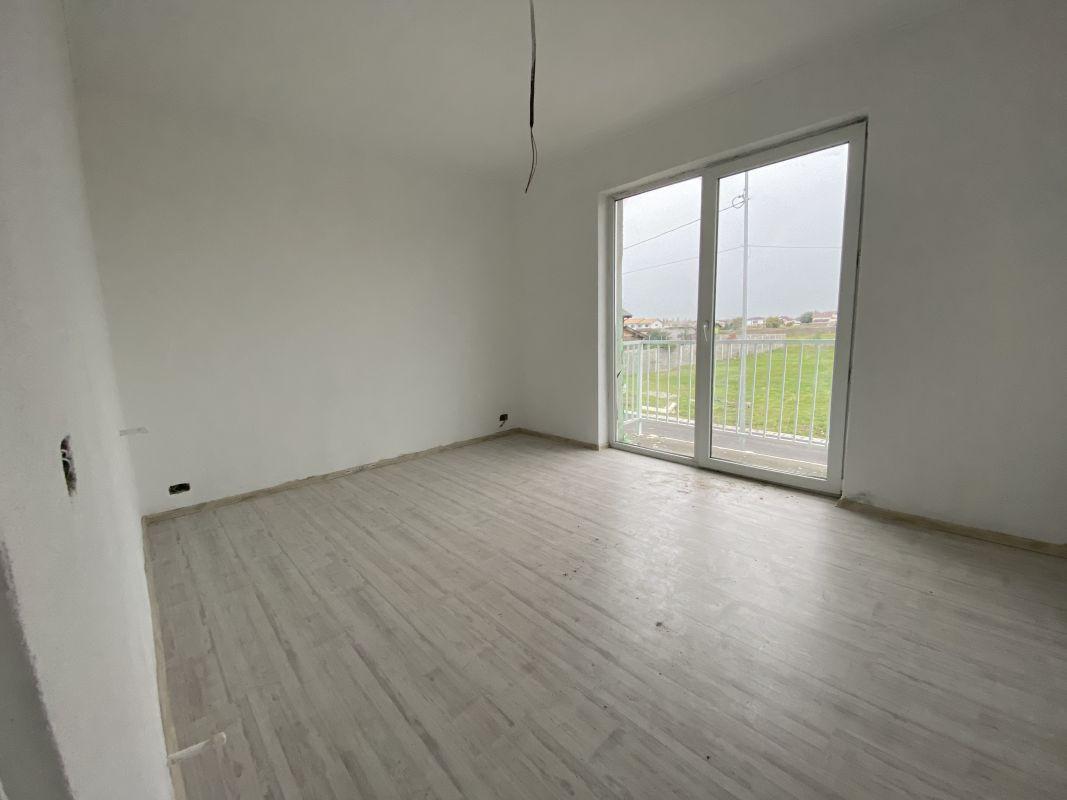 Casa tip duplex cu 5 camere, de vanzare, zona Dumbravita  27