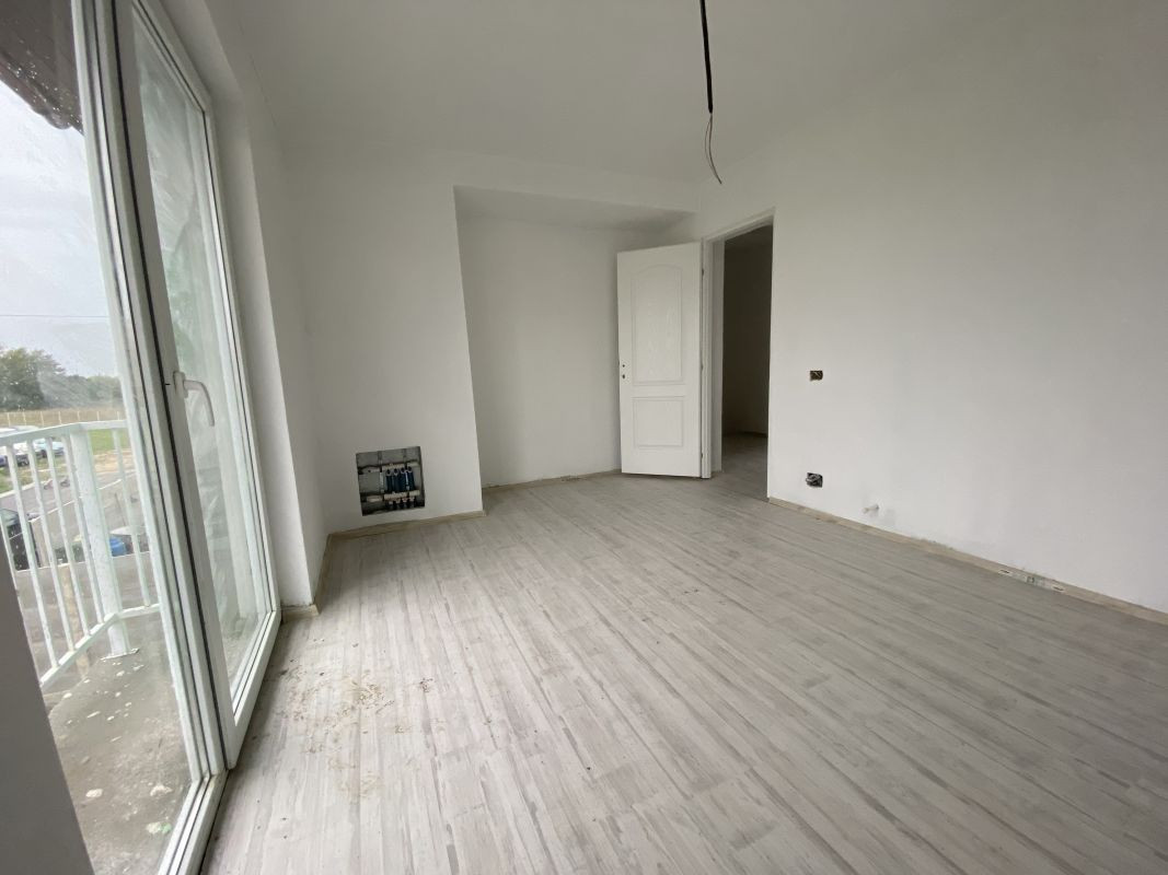 Casa tip duplex cu 5 camere, de vanzare, zona Dumbravita  28