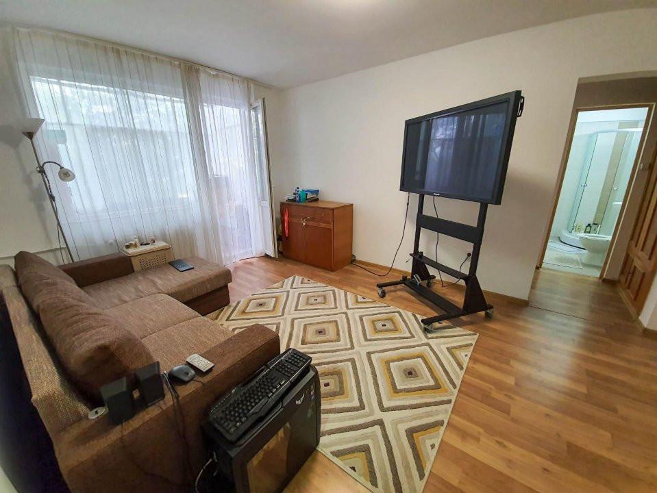 Apartament 2 camere | De vanzare | Semidecomandat |  1