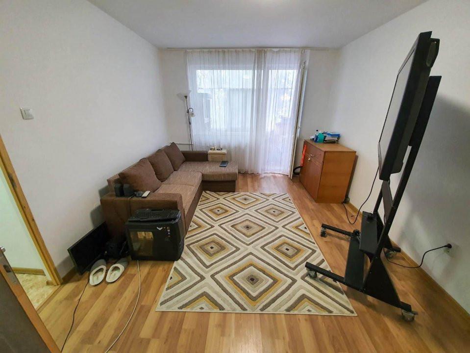 Apartament 2 camere | De vanzare | Semidecomandat |  2