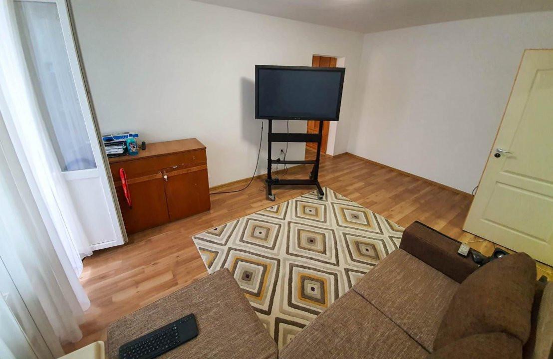 Apartament 2 camere | De vanzare | Semidecomandat |  3