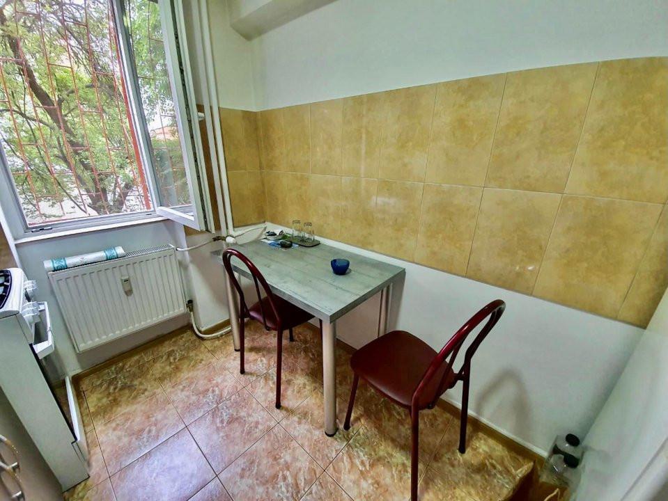 Apartament 2 camere | De vanzare | Semidecomandat |  8