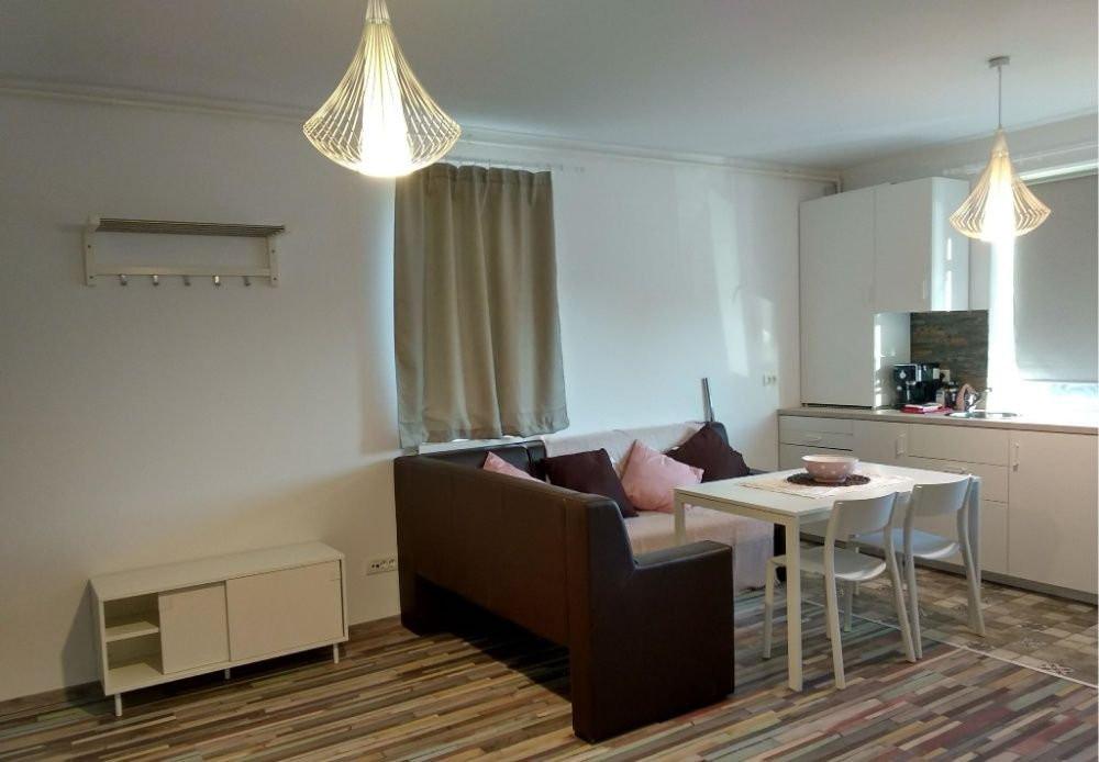 Inchiriez apartament 3 camere - Dumbravita 2
