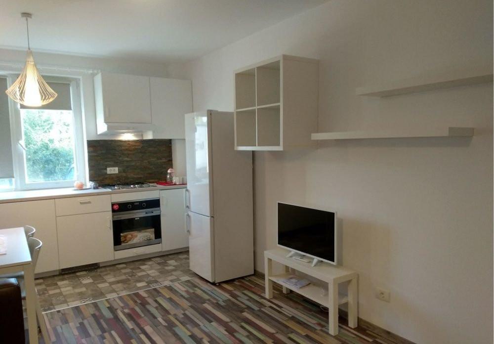 Inchiriez apartament 3 camere - Dumbravita 3