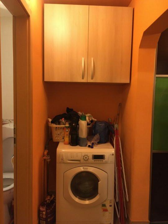 Apartament cu 3 camere, decomandat, de vanzare, Calea Lipovei 16