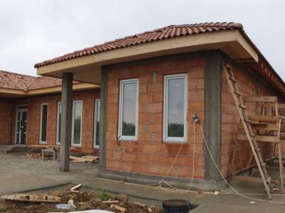 Casa 4 camere de vanzare Mosnita Noua - ID V283