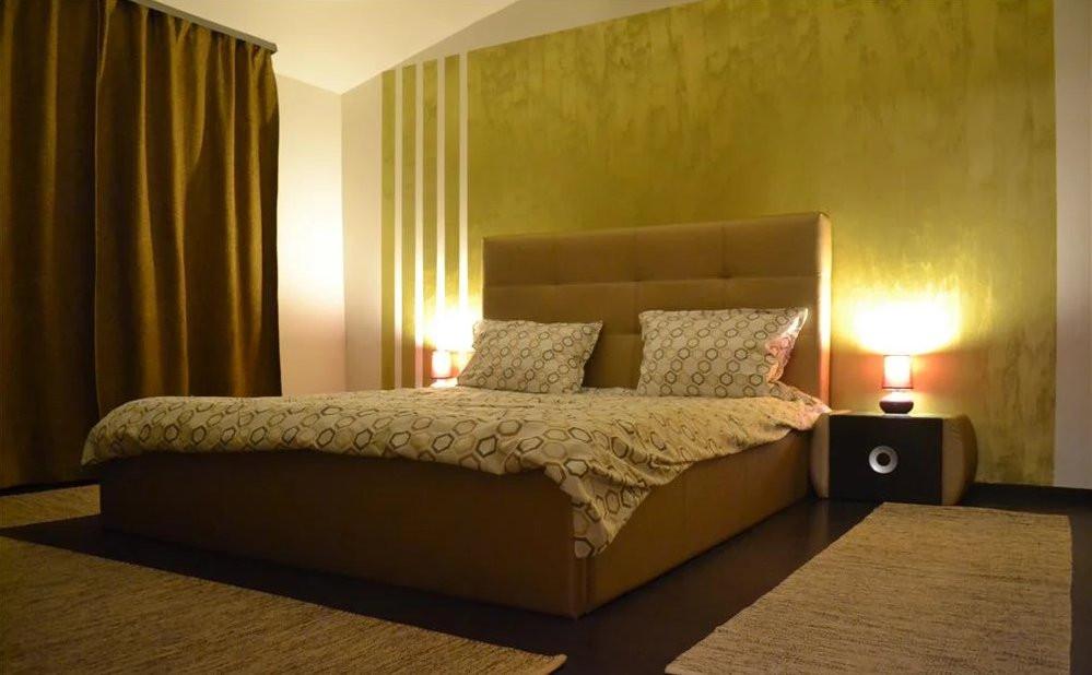 Apartament 2 camere  82 m2  Scara interioara  De inchiriat 1