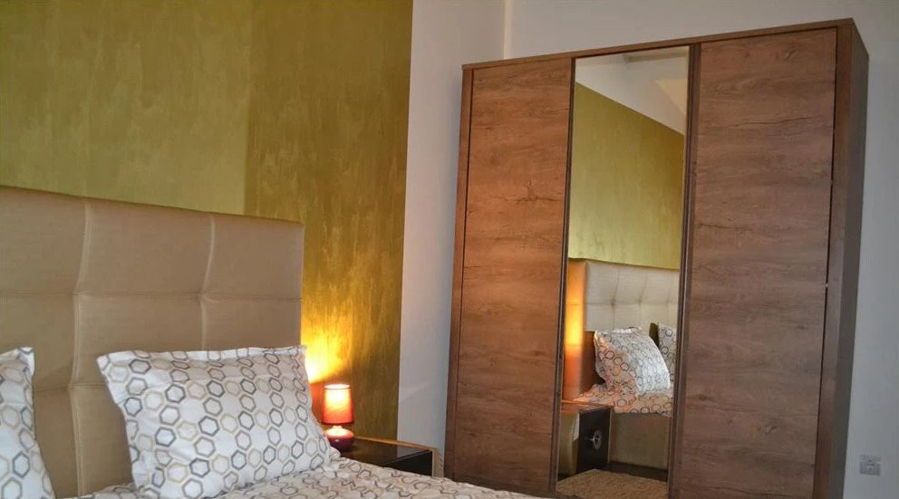Apartament 2 camere| 82 m2| Scara interioara| De inchiriat 2