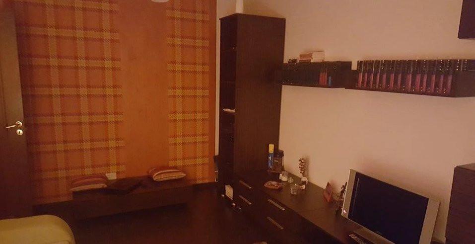 Apartament 2 camere| 82 m2| Scara interioara| De inchiriat 4