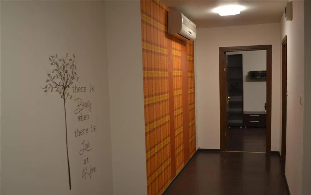 Apartament 2 camere  82 m2  Scara interioara  De inchiriat 5