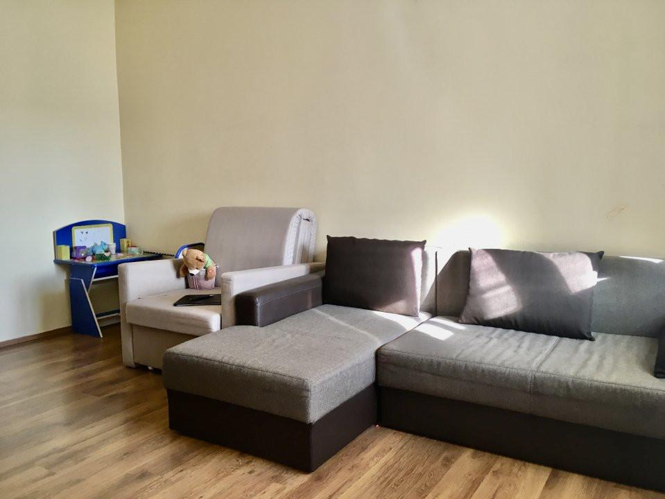 Apartament cu 1 camera, semidecomandat, de vanzare, zona Mircea cel Batran 4