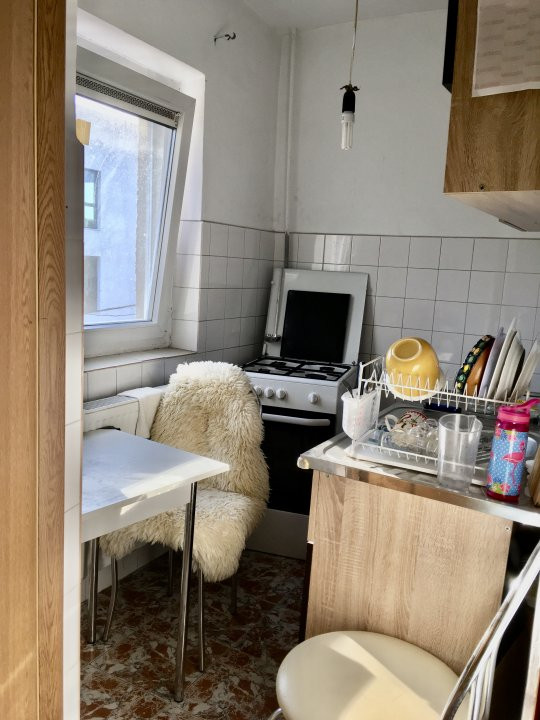 Apartament cu 1 camera, semidecomandat, de vanzare, zona Mircea cel Batran 6