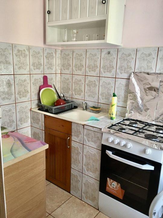 Apartament cu 1 camera, decomandat, de vanzare, zona Lipovei 6