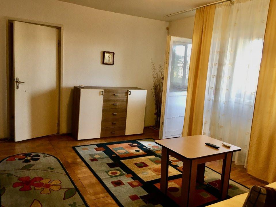 Apartament cu 2 camere, decomandat, de vanzare, Calea Lipovei 1