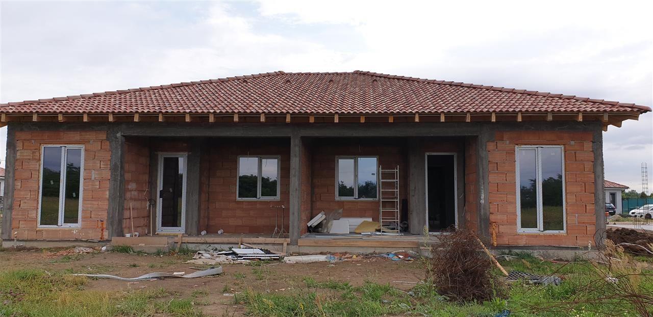 Casa tip duplex 3 camere de vanzare Mosnita Noua - ID V282 2