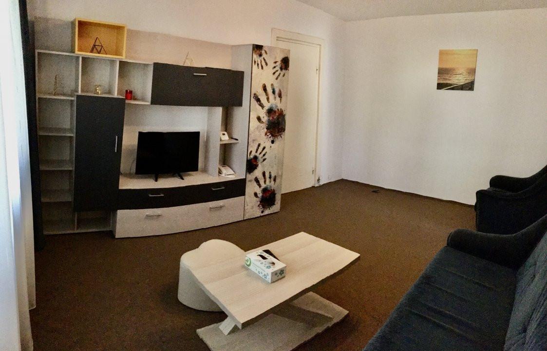 Apartament cu 2 camere, semidecomandat, de inchiriat, zona Take Ionescu. 1
