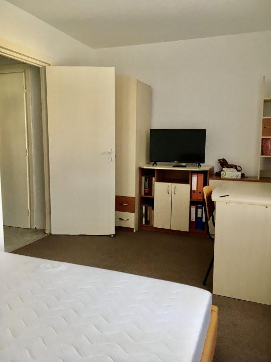 Apartament cu 2 camere, semidecomandat, de inchiriat, zona Take Ionescu. 6